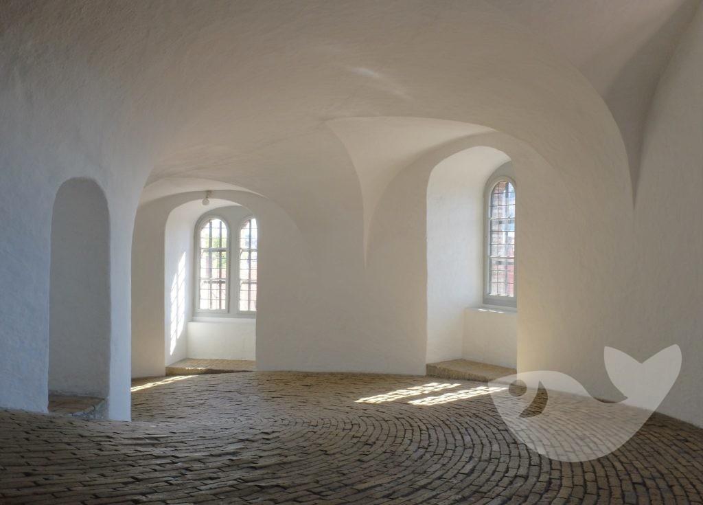 Aufgang zum Runden Turm von Kopenhagen, Dänemark