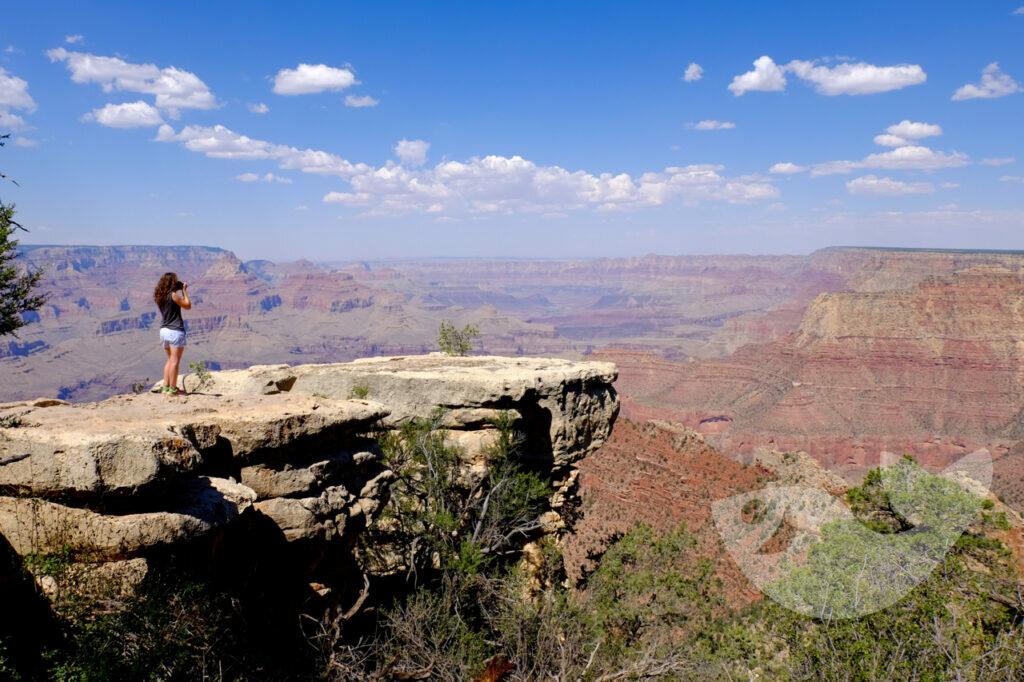 Aussicht auf den Grand Canyon bei unserer Wanderung entlang des South Rim