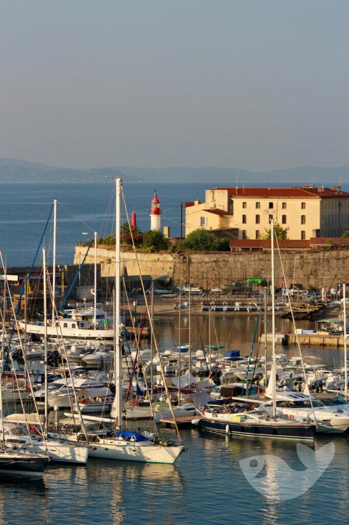 Hafen vonAjaccio, an der Westküste von Korsika