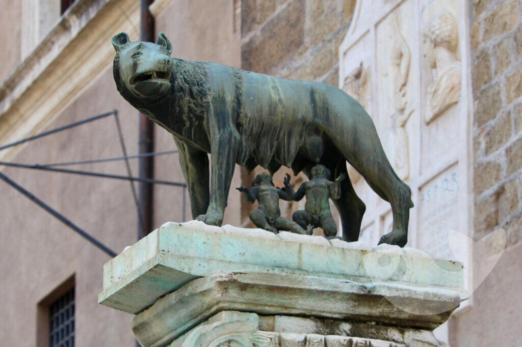 Kapitolinische Wölfin mit Romulus und Remus, Symbol für Rom