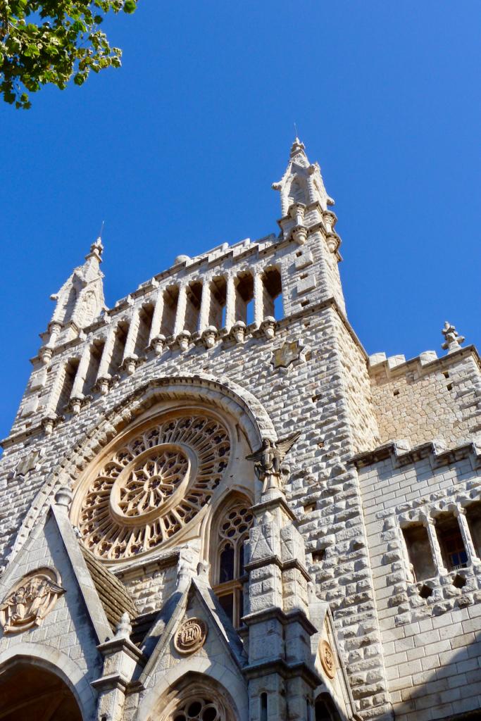 Die Kirche San Bartolomé in Sollér