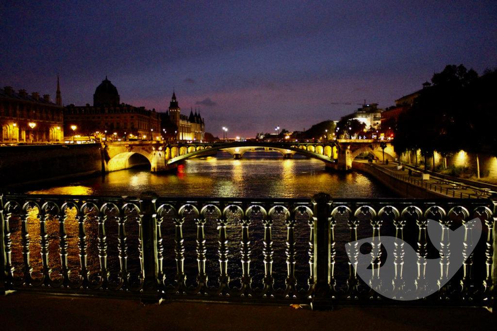 Spaziergang bei Nacht, Pont d'Arcole
